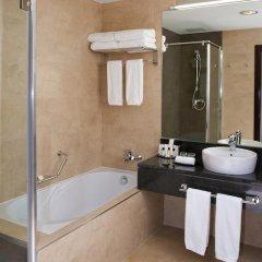 Отель Crowne Plaza Madrid Airport 4* Представительский номер с различными типами кроватей фото 6