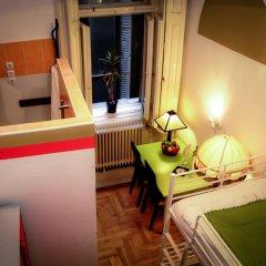 Hostel Budapest Center Стандартный номер с 2 отдельными кроватями