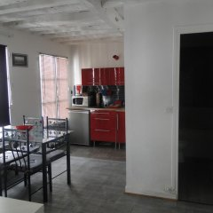 Апартаменты FAY Notre-Dame Apartment Париж в номере