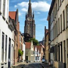 Hostel Lybeer Bruges парковка