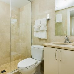 Отель Stay Alfred on 8th Street ванная