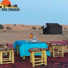 Отель Bivouac Erg Znaigui Марокко, Мерзуга - отзывы, цены и фото номеров - забронировать отель Bivouac Erg Znaigui онлайн питание