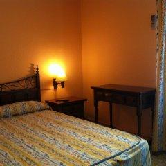 Отель Hostal Paracuellos Стандартный номер с различными типами кроватей (общая ванная комната) фото 4