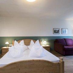 Hotel Ansitz Rungghof Аппиано-сулла-Страда-дель-Вино комната для гостей фото 3