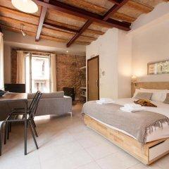 Отель Decimononico Borne Studios Барселона комната для гостей фото 5