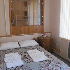 Хостел Уютный комната для гостей фото 5