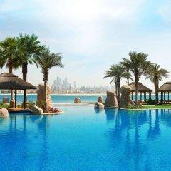 Апартаменты Sofitel The Palm, Дубай, Апартаменты бассейн фото 2