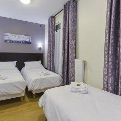 Отель Hôtel du Quai de Seine 2* Стандартный номер с различными типами кроватей фото 17