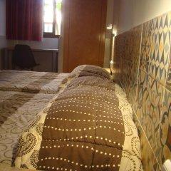 Отель Hostal Baler Испания, Барселона - отзывы, цены и фото номеров - забронировать отель Hostal Baler онлайн комната для гостей фото 2