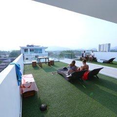 Отель Modern Thai Suites Таиланд, Пхукет - отзывы, цены и фото номеров - забронировать отель Modern Thai Suites онлайн приотельная территория фото 2