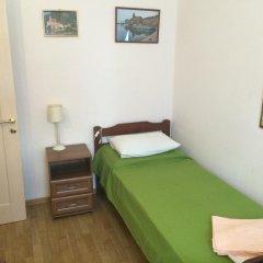 Томас Хостел комната для гостей