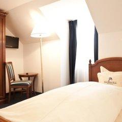 Hotel Blauer Bock 3* Номер Эконом разные типы кроватей (общая ванная комната) фото 4