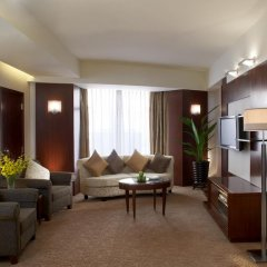 Shangri-la Hotel, Shenzhen 5* Представительский люкс с различными типами кроватей фото 7