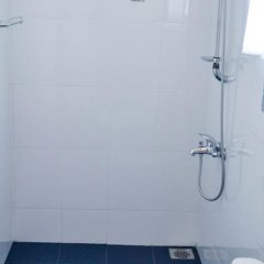 Отель Di Sicuro Inn Шри-Ланка, Хиккадува - отзывы, цены и фото номеров - забронировать отель Di Sicuro Inn онлайн ванная фото 2