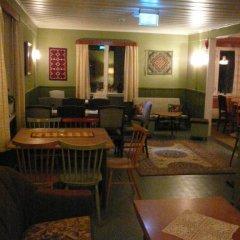 Отель Solheim Pensjonat Норвегия, Рерос - отзывы, цены и фото номеров - забронировать отель Solheim Pensjonat онлайн гостиничный бар