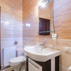 Отель Arkadija Kniazia Romana 11 Львов ванная