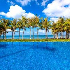 Отель Salinda Resort Phu Quoc Island бассейн