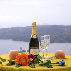 Отель Adamis Majesty Suites Греция, Остров Санторини - отзывы, цены и фото номеров - забронировать отель Adamis Majesty Suites онлайн в номере