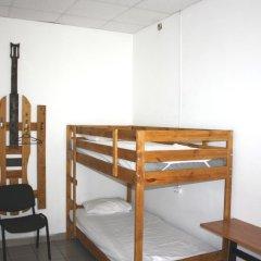Хостел Браво Кровать в общем номере с двухъярусной кроватью фото 11