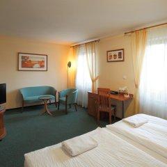 Отель Palace Чехия, Пльзень - отзывы, цены и фото номеров - забронировать отель Palace онлайн удобства в номере фото 2