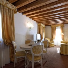 Hotel Ai Reali di Venezia 4* Стандартный номер с различными типами кроватей фото 9