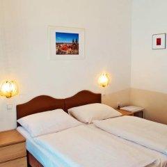 Hotel Meran 3* Стандартный номер с двуспальной кроватью фото 19