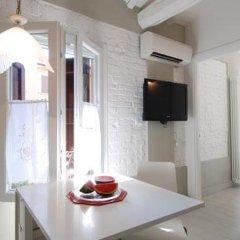 Отель Marsala B Halldis Apartment Италия, Болонья - отзывы, цены и фото номеров - забронировать отель Marsala B Halldis Apartment онлайн комната для гостей фото 4