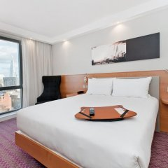 Отель Hampton by Hilton London Waterloo 3* Стандартный номер с различными типами кроватей фото 9