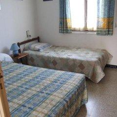 Отель Casa 5043 Los Ángeles 10 Испания, Курорт Росес - отзывы, цены и фото номеров - забронировать отель Casa 5043 Los Ángeles 10 онлайн комната для гостей фото 2