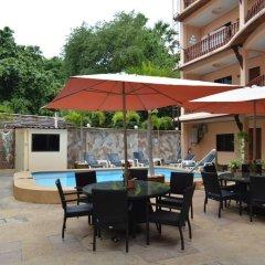 Отель Phratamnak Inn питание фото 3