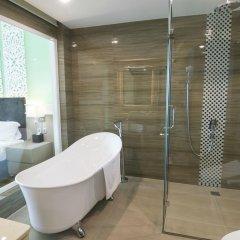 The Hanoi Club Hotel & Lake Palais Residences ванная фото 6