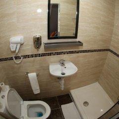 Отель Heathrow Inn Лондон ванная фото 2