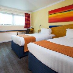 Отель Holiday Inn Express Glasgow City Centre Riverside 3* Стандартный номер с 2 отдельными кроватями