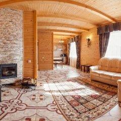 Гостиница Solnce Karpat Коттедж с различными типами кроватей фото 38