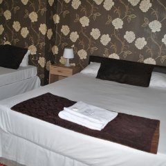 Old Friend Hotel комната для гостей