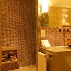 Pudi Boutique Hotel Fuxing Park Shanghai 4* Номер Делюкс с различными типами кроватей