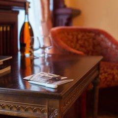 Гостиница Лондонская 4* Улучшенный номер с различными типами кроватей фото 2