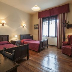 Отель Hostal Ayestaran II Стандартный номер с двуспальной кроватью фото 16