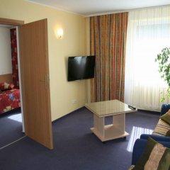 Отель Karolina 3* Номер Делюкс с различными типами кроватей фото 5