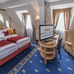 Drei Löwen Hotel 4* Стандартный номер с двуспальной кроватью фото 4