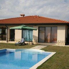 Отель BlackSeaRama Private Villa 102 Болгария, Балчик - отзывы, цены и фото номеров - забронировать отель BlackSeaRama Private Villa 102 онлайн бассейн