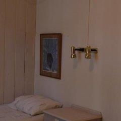 Hotel 83 Амстердам сейф в номере
