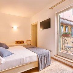 Отель Palazzo Trevi Charming House Италия, Болонья - отзывы, цены и фото номеров - забронировать отель Palazzo Trevi Charming House онлайн комната для гостей фото 7
