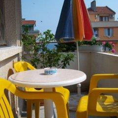 Отель Guest House Kostandara Болгария, Поморие - отзывы, цены и фото номеров - забронировать отель Guest House Kostandara онлайн бассейн фото 3