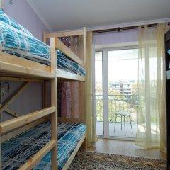 Hostel Morskoy Кровать в общем номере с двухъярусной кроватью фото 9