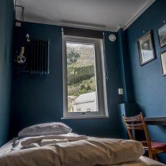 Trolltunga Hotel 2* Стандартный номер с различными типами кроватей (общая ванная комната)