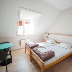 Jacques Brel Youth Hostel Стандартный номер