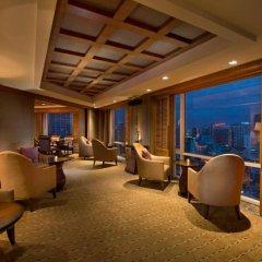 Отель Conrad Bangkok 5* Номер Делюкс с разными типами кроватей фото 5