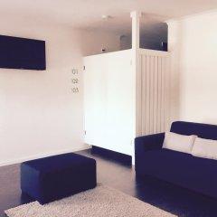 Отель Albufeira Hostel Португалия, Марку-ди-Канавезиш - отзывы, цены и фото номеров - забронировать отель Albufeira Hostel онлайн комната для гостей