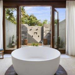 Отель Furaveri Island Resort & Spa ванная